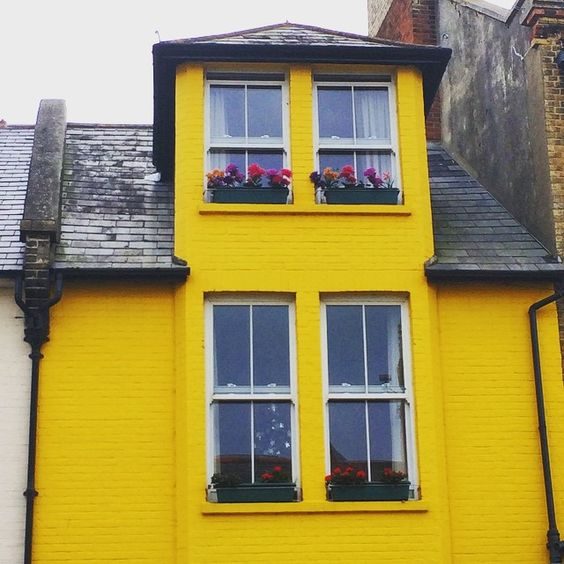 If I had a house it would be this colour #yellow #dorset #want