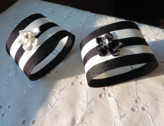 WEDDING NAPKIN RINGS Black and White Striped Rings Napkin Ring with Flower Formal Dining Special Occasion Black Tie Event Set of 25 (58.75 CAD) by ModernClassicbyCarol