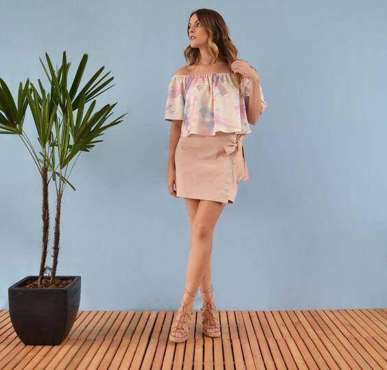 Saia Concha - mini saia rosa transpassada laço - Editorial Bossa