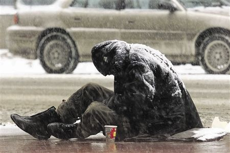 Greece today, 8th Jan. 2013. Snowing in Athens and homeless without hope ..