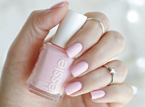 "The ""It"" Nail Color 
