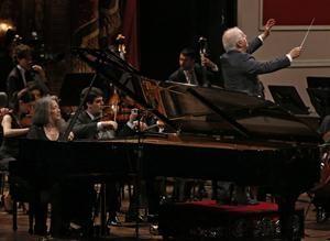 Regreso magistral: Barenboim y Argerich, en un concierto memorable - Teatro Colon - 04.08.2014 - lanacion.com