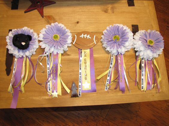 Homecoming mums for teachers