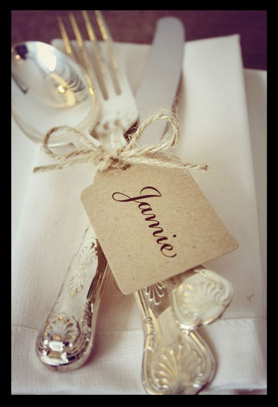 10 Wedding Place Cards - Personalised Shabby Chic/vintage style/ kraft name Tags