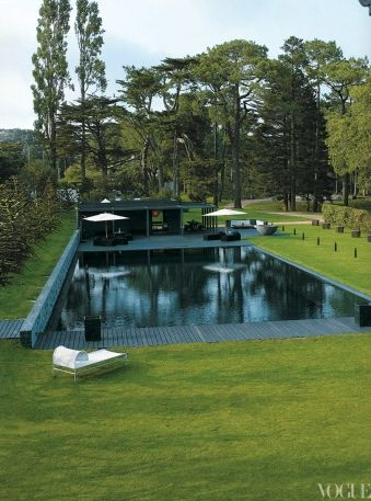 Karl lagerfeld 39 s villa in biarritz france photographed for France pools