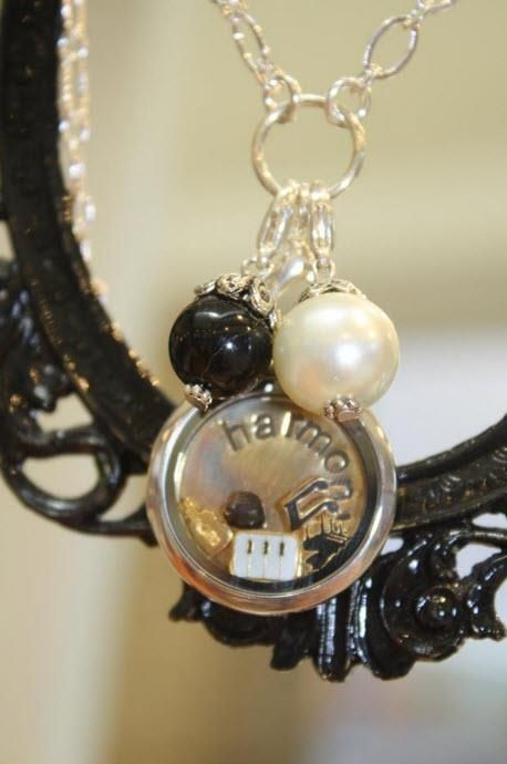 I love my music!     LOVE it! WANT it!!!  WANT IT FOR FREE?? Ask me how!   Need Extra Money?  Love Origami Owl ? JOIN MY TEAM!  Designer#14669  Like me on FACEBOOK http://www.facebook.com/oragamitouchedbyacharm SHOP ONLINE @ http://touchedbyacharm.origamiowl.com/