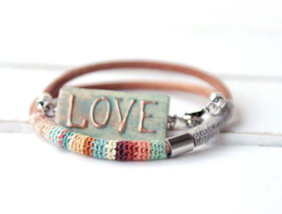 Crochet Wrap Lederarmband buntes Armband Sommer von vanessahandmade