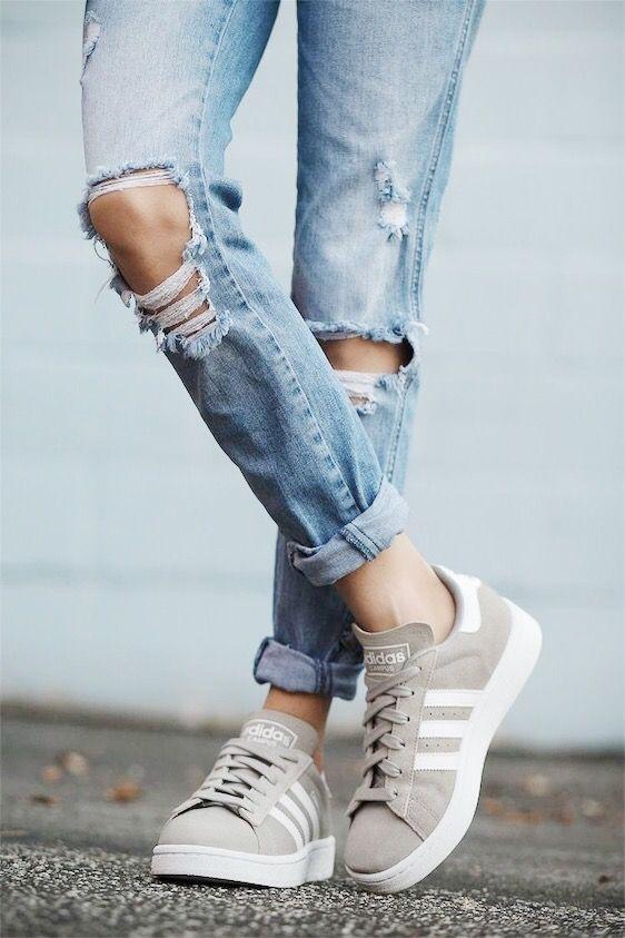 Pin by Hannah Joye on fashion   Adidas shoes women, Adidas ...
