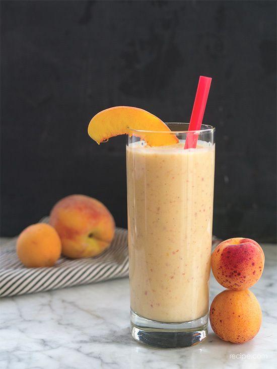 ... Market Fruit Smoothie | peaches, nectarines, greek yogurt, oj + honey