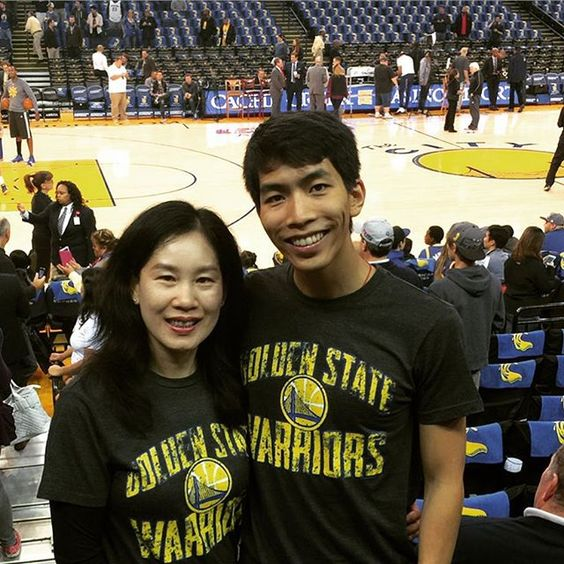 Our first basketball game! #goldenstatewarriors