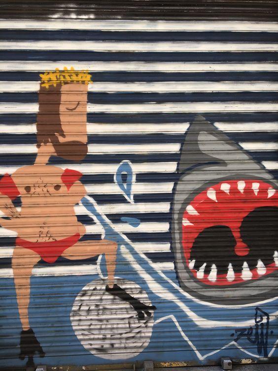El rey y su tiburón