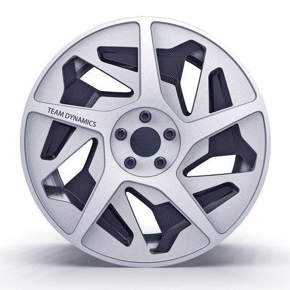 Pin By Mariano On Details Car Wheels Car Wheels Rims Car