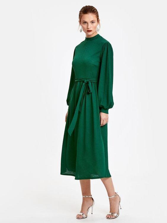 Lcw Bayan Elbise Modelleri Yesil Midi Uzun Kol Kumas Kemerli Belden Bagcikli Elbise Gumus Topuklu Ayakkabi Elbise Modelleri Elbise The Dress