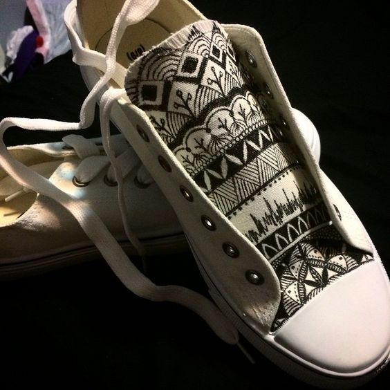Little project I decided to start just for fun:) #doodle #sharpie #shoes…