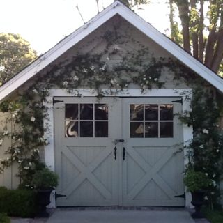 So good looking. If our garage doors looked like this, it wouldn't be weird to hang out in front of it.