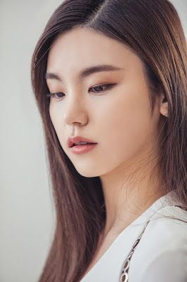 Yeji Itzy Cantik Kpop Kpop Zip Itzy Kpop Kpop Girl Groups