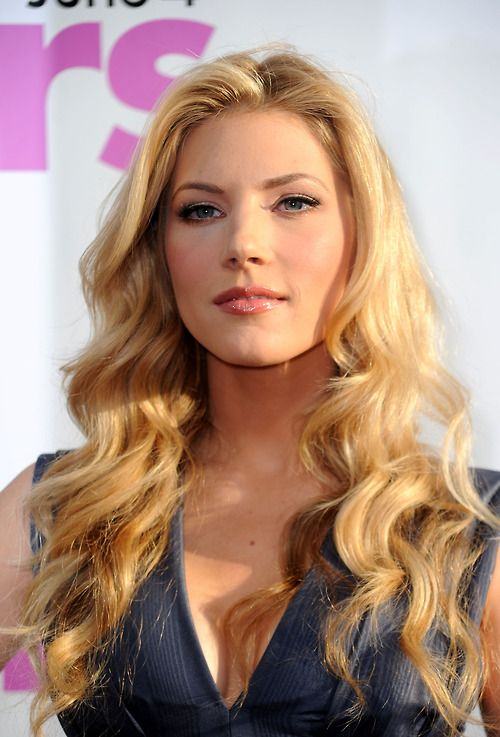 Katheryn Winnick (Lagertha) | Vikings | Pinterest | Girls ...Katheryn Winnick Bones