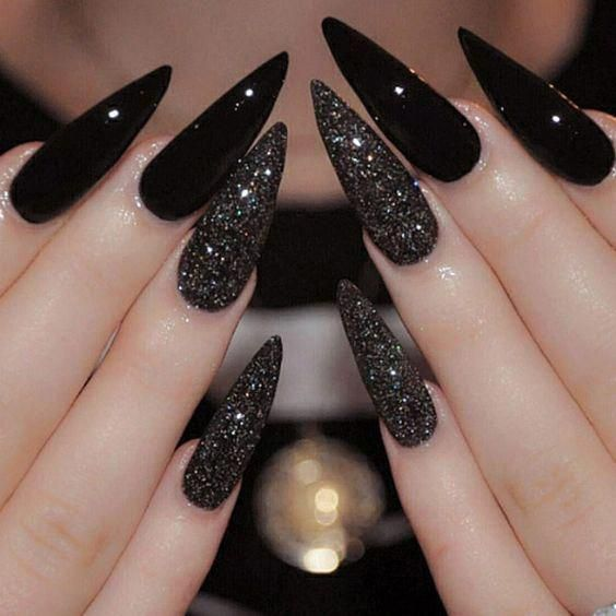Best Black Stiletto Nails Designs For Your Halloween; Black