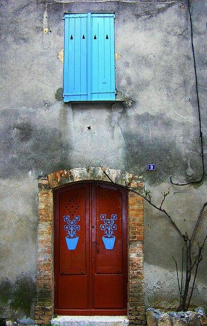 Fachadas, portas e janelas