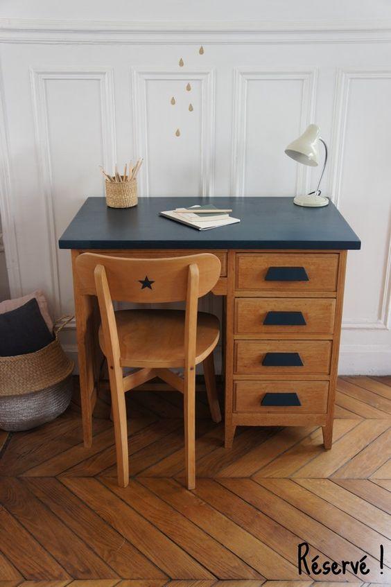 Bureau de comptable vintage et sa chaise. Meuble vintage. Petit Toit vintage. www.petit-toit.fr.