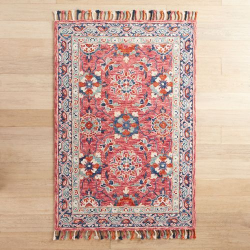 Gia Hooked Berry Rug 5x8 Rugs