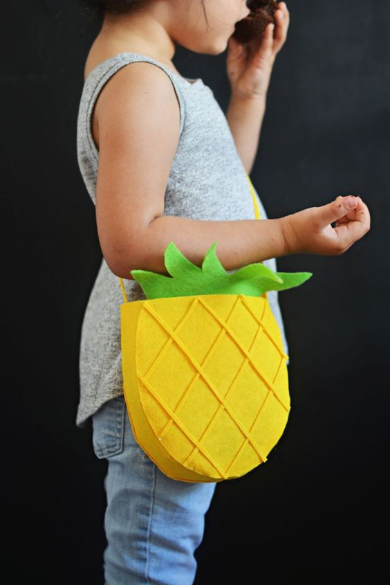 DIY Pineapple Bag Tutorial (No-Sew)