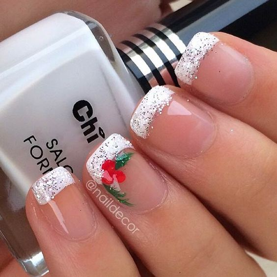 Christmas Nail Art Design Ideas Winter French Manicure, Christmas French Tip Nails, Christmas Disney Nails, Christmas Acrylic Nails, Simple Christmas Nails, Nailart Christmas, Christmas Fingernails, French Manicures, Fall Toenails Designs