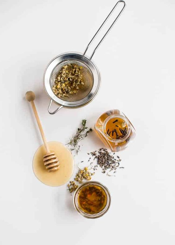 HOW TO: Make Herb + Flower Infused Honey | #HelloGlow #WhatSugarBlog #diysweetener