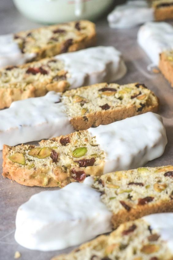 Cranberry Pistachio Biscotti   Recipe   Pistachio Biscotti, Biscotti ...