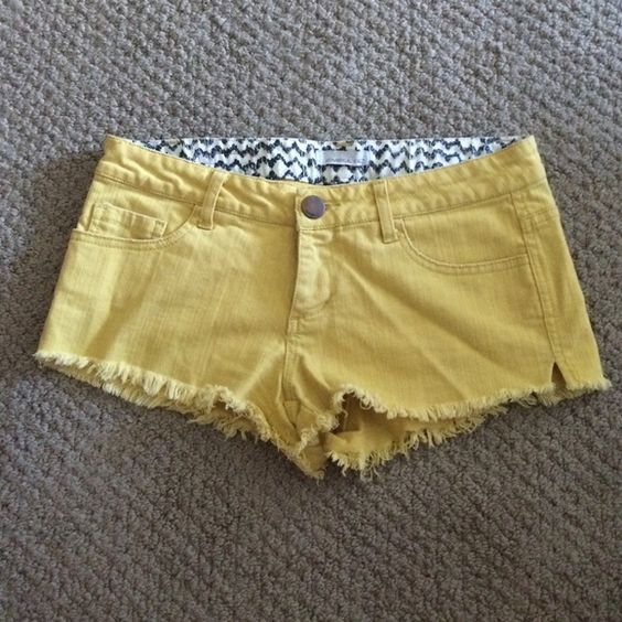 O'neill yellow shorts Size 1, worn twice!! Make offers!! There's a slit on the other side of the shorts as well O'Neill Shorts