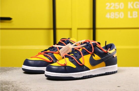 nike sb dunk low off white michigan