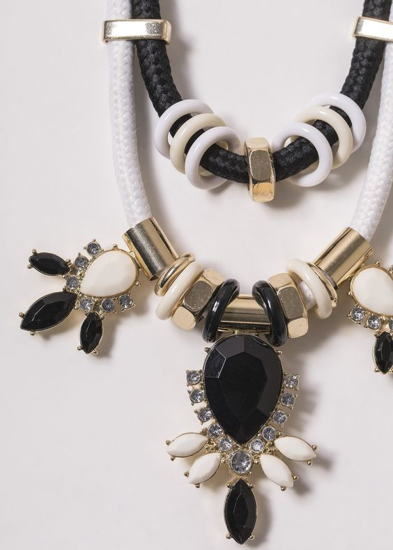 Black n white necklace  #black #and #white #necklace