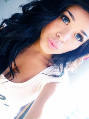 Black hair blue eyes tumblr girls