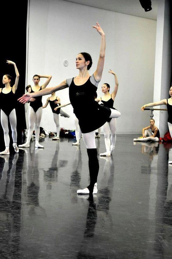 Polina Semionova, teaching at the Staatliche Ballettschule Berlin