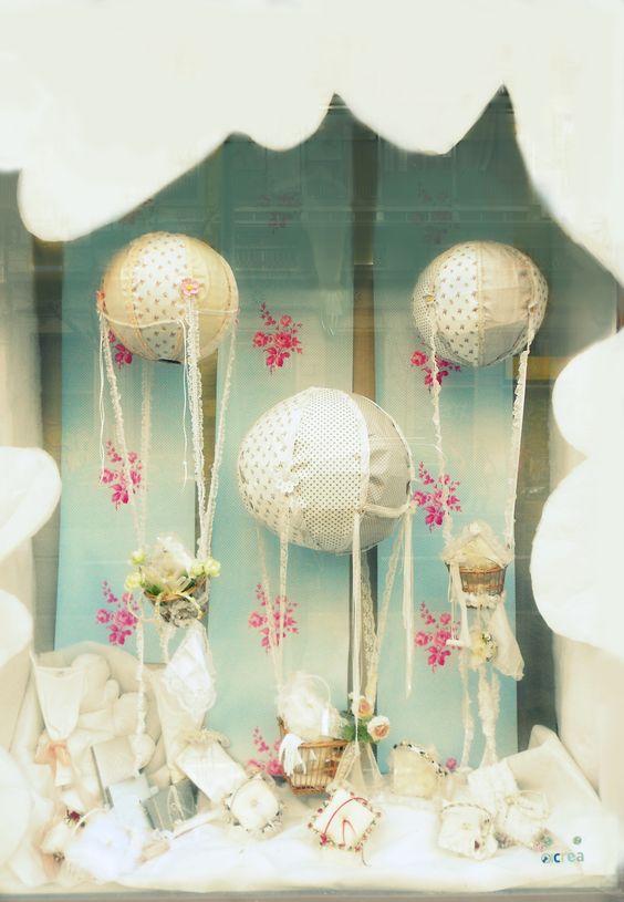 Escaparate de comuniones y bodas vidriera pinterest hielo