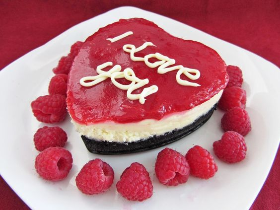 valentine's raspberry cheesecake