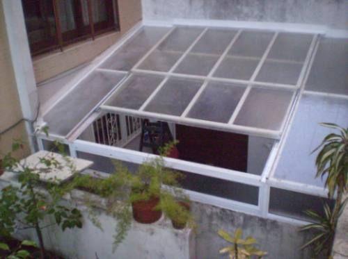 Cerramientos y techos moviles arreglos en la covacha pinterest - Techos de aluminio para patios ...