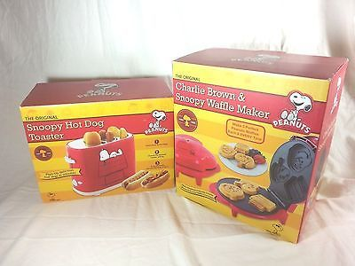 Peanuts The Original Charlie Brown & Snoopy Waffle Maker & Hot Dog Toaster NEW