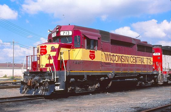 Wisconsin Central 713 (Prior to CN Acquisition) Photo by: R. Craig