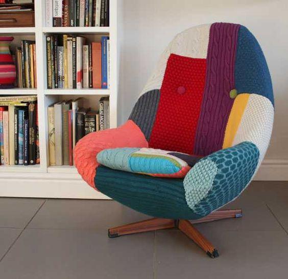 estofos em tecido cadeira colorida