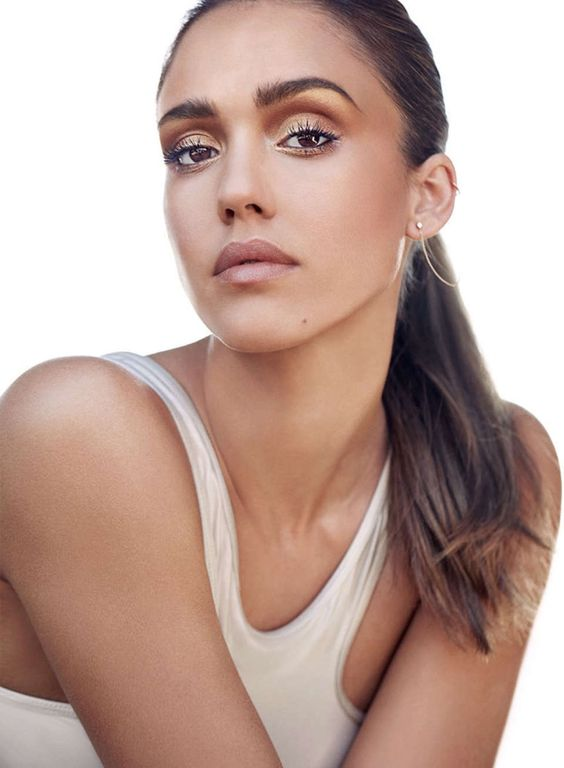 Jessica Alba Wears Honest Beauty Looks for Shape Magazine | Fashion Gone Rogue