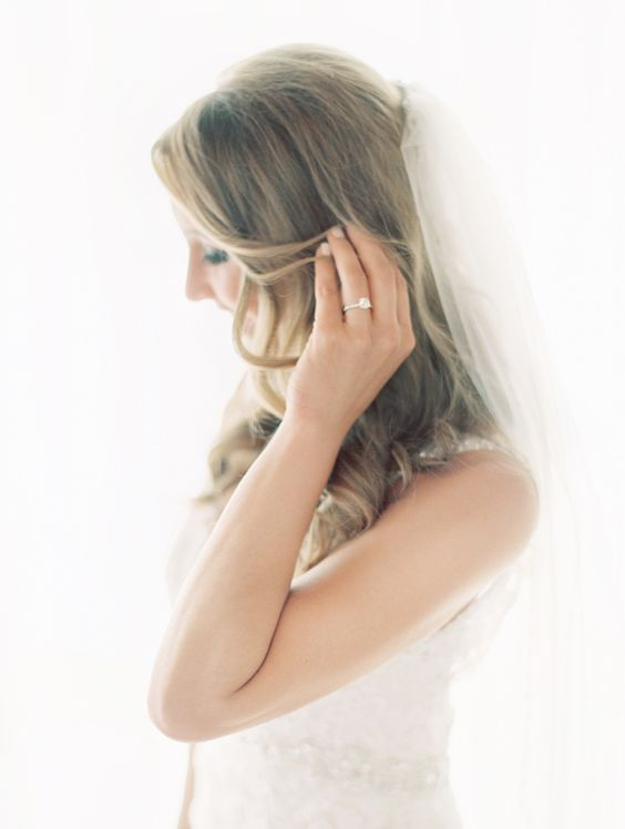 Beach bride. Photo by Clary Pfeiffer. www.wedsociety.com #wedding #beauty