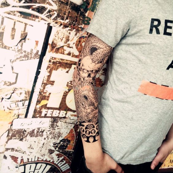 Skull & Dragon Temporary Tattoo Sleeve