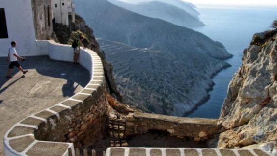 Τelegraph: Οκτώ ελληνικά νησιά για... ψαγμένους