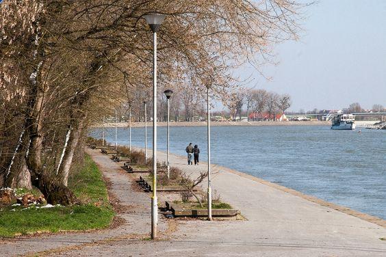 walk and bicycle way