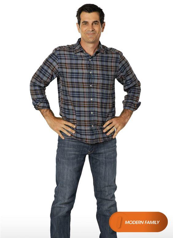 """Ty Burrell é """"Phil Dunphy"""". Modern Family - Nova Temporada, em agosto #EuCurtoFOX Confira conteúdo exclusivo no www.foxplay.com"""