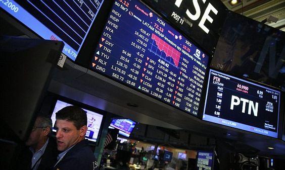 World's wealthiest lose $182billion this week in stock market dip