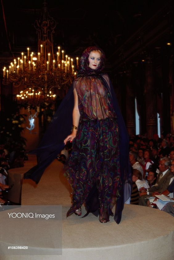 Yves Saint Laurent Autumn-Winter 1977-1978 Fashion Show