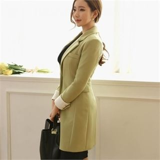 Buy ode' Contrast-Cuff Single-Breasted Coat at YesStyle.com! Quality products at remarkable prices. FREE WORLDWIDE SHIPPING on orders over US$35.