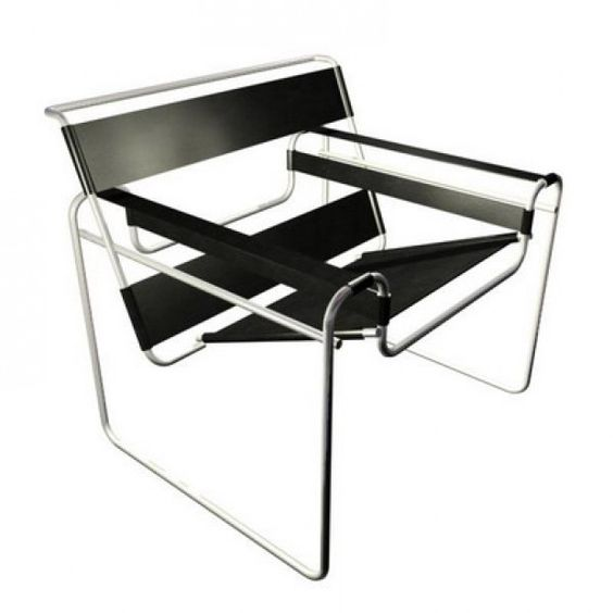Sedia Wassily realizzata da Marcel Breuer con tubi in acciaio